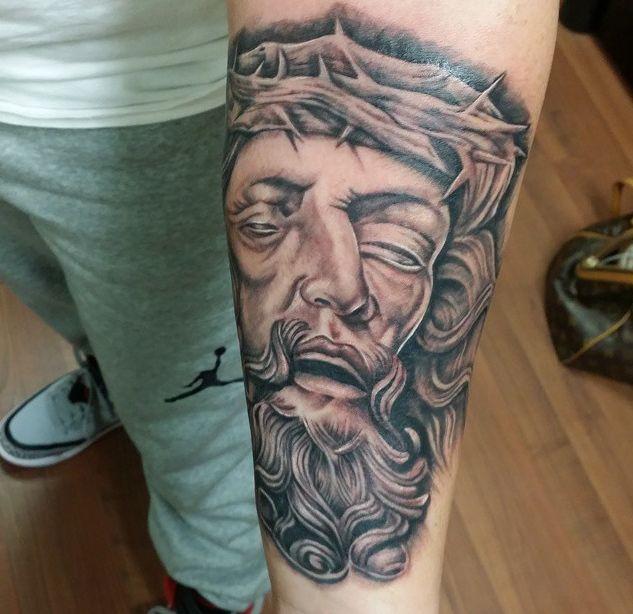Best 25+ Christ Tattoo Ideas On Pinterest