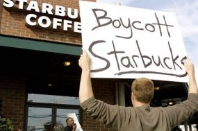 Trump Supporters Launch Boycott Over Starbucks' Plans to Hire 10K Refugees