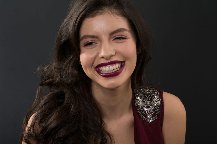 Beautiful Larisa  http://www.dentcof.ro/cazuri/larisa #fateteceramice #smiledesign #zambet #aparatdentarinvizibil #dentcof #dsd