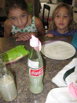Bacteria Growth Science Experiment: Learning about Germs in our Food Series from Kids Activities Blog