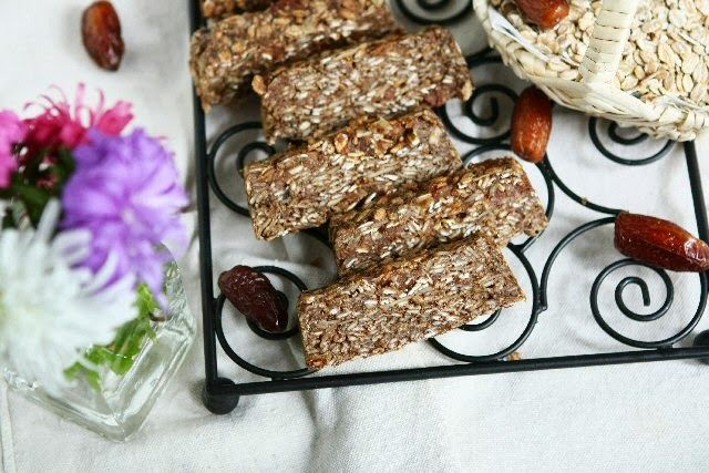 Healthy Banana Rye Bars