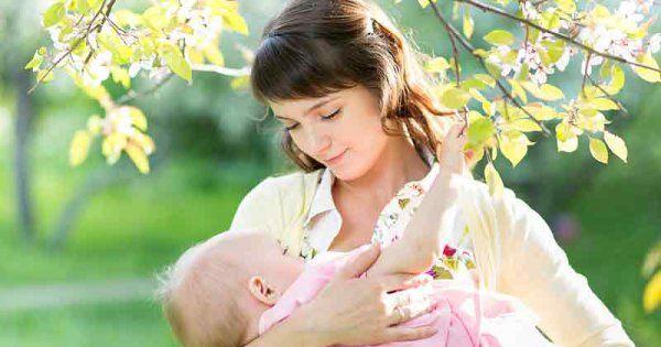 Vous êtes sûre de votre choix: pour alimenter Bébé, ce sera l'allaitement mixte. Vous souhaitez donner le biberon à votre Loulou tout en continuant à le nourrir au sein. Mais comment concilier les deux tout en trouvant le bon équilibre? Martine Vergnol, consultante en lactation, vous livre la marche à suivre pour pratiquer l'allaitement mixte avec brio!