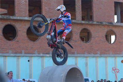 El equipo Trial Portillo muestra su apoyo a la Fiesta de la Moto de Valladolid http://revcyl.com/www/index.php/deportes/item/6916-el-equipo-trial-portillo-
