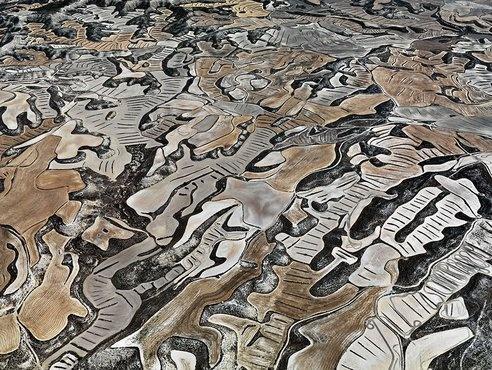 Edward Burtynsky Photographs Farming in Monegros Spain : TreeHugger