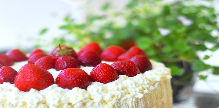 Midsummer Strawberry Cream Pound Cake