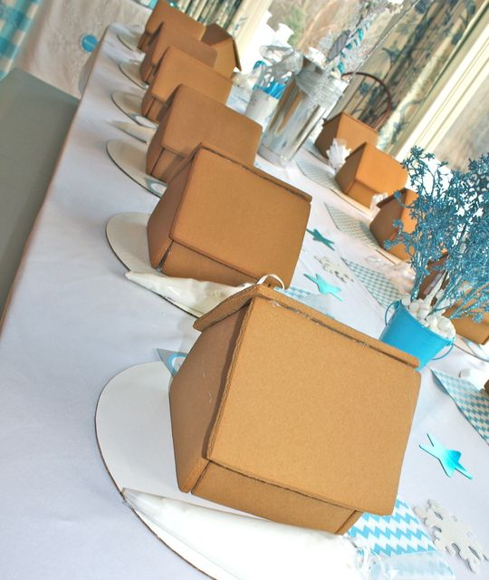 Get ready to decorate at a Winter Wonderland party!  See more party ideas at CatchMyParty.com!  #partyideas #winter