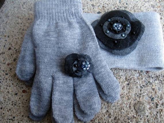 Gloves ear warmers headband black gray ring pin by kavali8 on Etsy, $16.001600 Businessesgrowingtogeth, Warmers Headbands, Black Gray, Rings Pin, Ears Warmers, Crochet Ears Rings, Gloves Ears, Gray Rings, Headbands Black