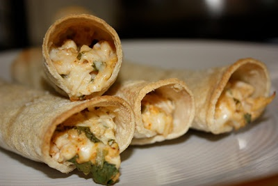 Mmm...Cafe: Baked Chicken Taquitos