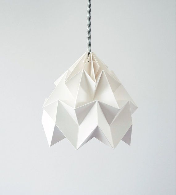 Moth origami lampshade white by nellianna on Etsy, €59.00Decor Home, Origami Paper, Lights Shades, Paper Lamps, Origami Lampshades, Moth Origami, Lampshades White, Design Studios, Dutch Design