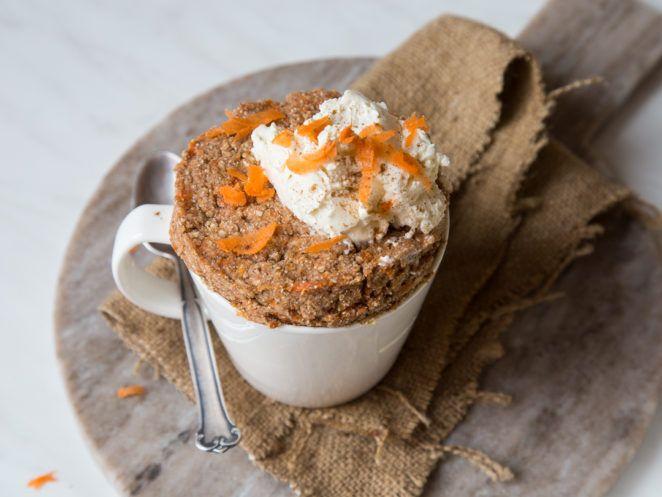 Carrot Cake aus der Tasse - vegan und glutenfrei