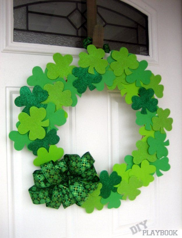 St.Patrick's Day Paper Wreath   Fun & Creative Crafts for Holiday Decorations   DIY Projects for Kids & Adults, check it out at http://diyready.com/diy-st-patricks-day-decorations/