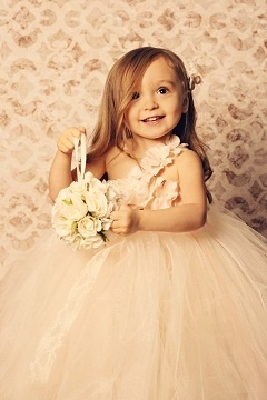 Thanks happily-ever-after!: Flowers Girls Dresses, Flowers Collection, Little Girls, Flowers Dresses, Girls Generation, Tutu Dresses, Beautiful Flowers, Flower Girls, Little Flowers