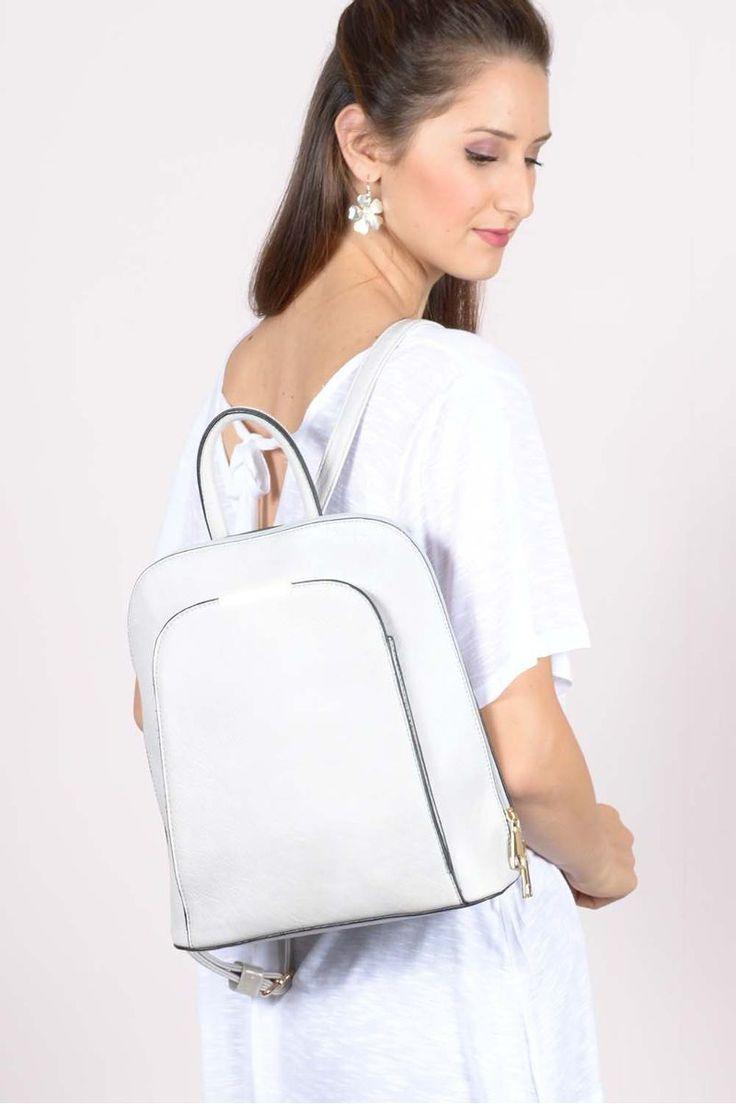 Τσάντα πλάτης με φερμουάρ.100% Polyester