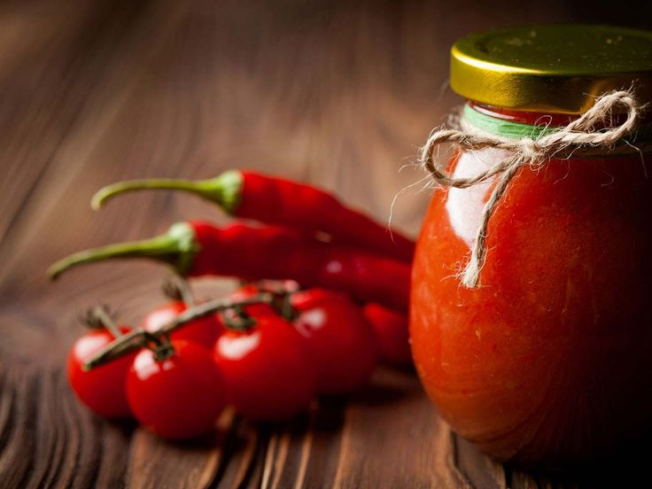 Tomato and pepper chutney
