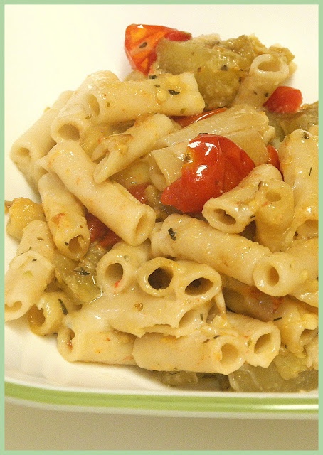 My Sweet and Savory: Cheesy Pasta with Eggplant and Tomatoes