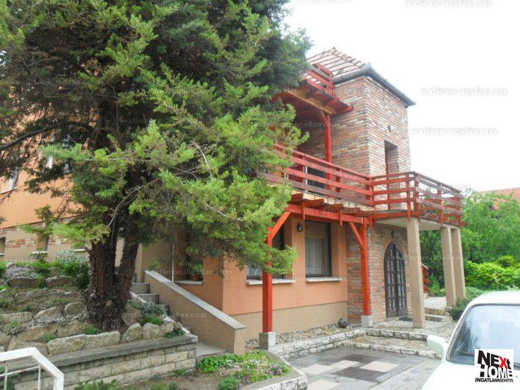 Eladó családi ház, Pest megye, Pomáz, 37 M Ft, 200 m² #20769868