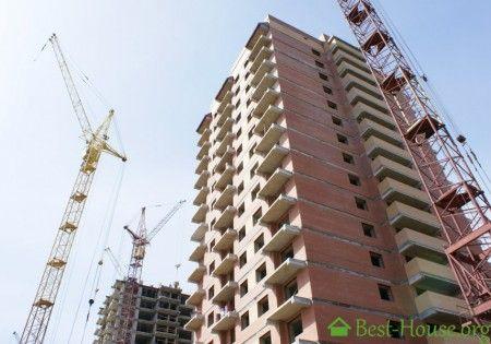 Как купить недвижимость в строящемся доме от застройщика. Какие есть риски при этом. Как проверить застройщика