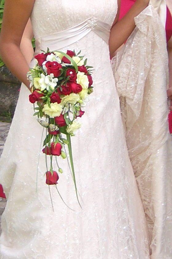 Bouquet Rond Pivoines De Mariée Les Bouquets Mariees