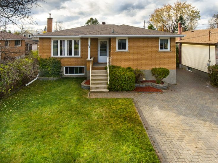 Call the Chris Penny Team at 705-470-3444 or visit http://www.sudburyhomesearch.ca/listing/2051591-57-gerald-street-sudbury-ontario-p3b3r3/ to view this 4 bed, 2 bath Bungalow in Minnow Lake!