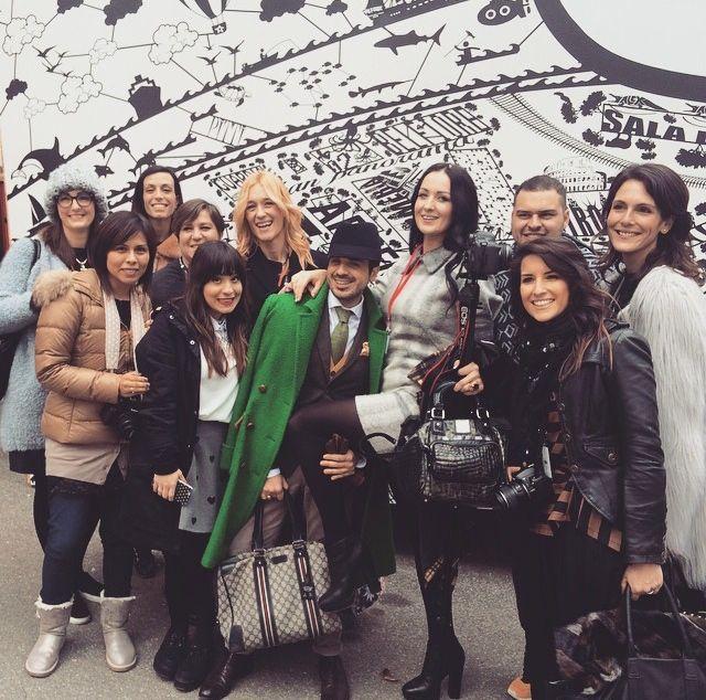 Noi mamme blogger, in costante aumento in Italia, ci piace confrontarci, scrivere o fotografare, ma più di tutto essere Donne indipendenti.http://www.elinoe11.com/2015/02/01/noi-mamme-blogger-chi-siamo-veramente/