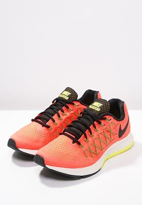 Nike Performance AIR ZOOM PEGASUS 32 - Chaussures de running avec amorti - hyper  orange/