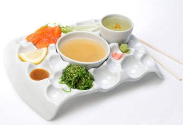 Great traditional Modern and Unique Extraordinary Design Ideas of Plate Tray for Sushi Eating Tools    OMG I WANT THIS!