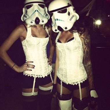15 Hot Halloween Costumes You'd Love To See Your Girlfriend In