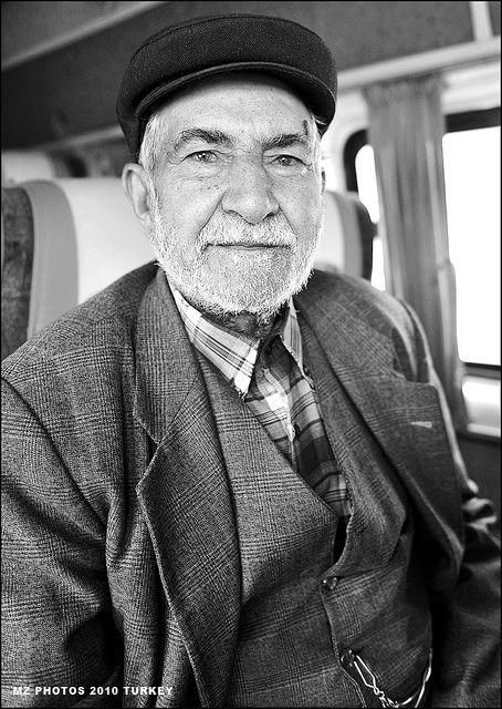 KURDISH OLD MAN