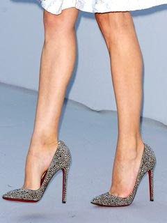 DIANE KRUGER'S BLINGED-OUT HEELS: Women'S Shoes, Ruby Red, Lady Shoes, Ladies Shoes, Woman Shoes, High Heels, Louboutin Shoes, Blinged Outs Heels, Louboutin Pumps