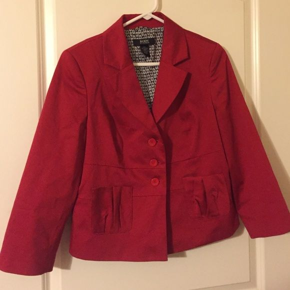 Size 12 Red Body by Victoria blazer! Gorgeous, gently used but in excellent condition. Size 12, body by Victoria red blazer jacket with patterned interior and pleated back!  96% cotton, 4 % spandex with lining of 100 percent polyester. Victoria's Secret Jackets & Coats Blazers