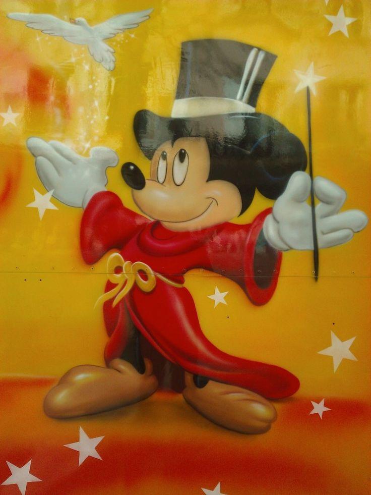 Echange femme idéale, pour enfin en finir avec cette guerre de 5000 ans par un voeu de génie? Mickey magicien Le génie : Un arabe marche dans le désert, quand il trouve une lampe. En l'ouvrant, ô surprise, apparaît un génie : - Bonjour, je suis à tes...