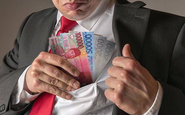 Lima Orang Terkait Kasus Korupsi e-KTP Dicekal ke Luar Negeri, Siapa Saja? https://malangtoday.net/wp-content/uploads/2017/03/ilustrasi-koruptor.jpg MALANGTODAY.NET– Sebanyak lima orang terkait kasustindak pidana korupsi pengadaan paket KTP berbasis nomor induk kependudukan secara nasional (KTP-E) tahun anggaran 2011-2012 dicegah olehKomisi Pemberantasan Korupsi (KPK) untuk bepergian ke luar negeri. Terdakwa dalam kasus ini adalah... https://malangtoday.net/flash/nasi