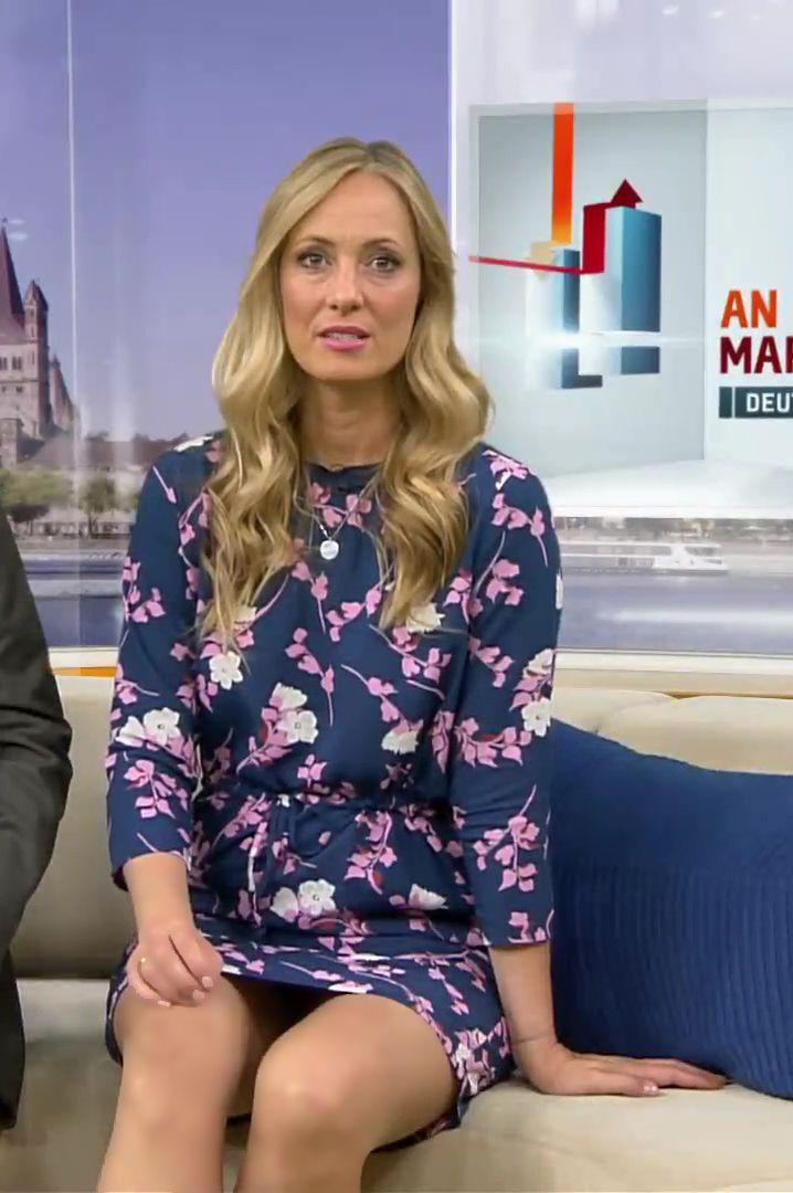 Angela Finger Erben Rtl Tv  Fashion Outfits, Tv Girls -6439