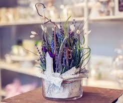 Oltre 25 fantastiche idee su composizioni di fiori vasi di for Composizioni natalizie in vasi di vetro