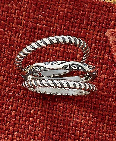 Fall Collection - Small Twisted Wire Rings and Renaissance Band #JamesAvery