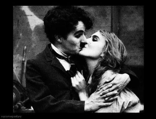 Charliy Chaplin Kissing