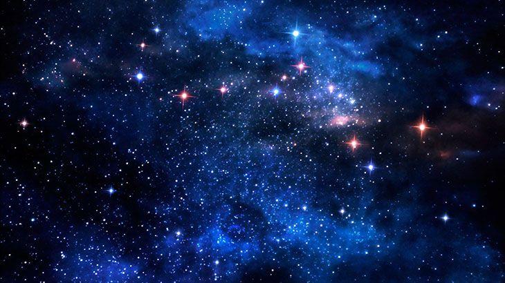 Bintang….. Bintang kecil menang Bintang kecil jaya Bintang kecil terang Bintang kecil pun besar Bintang besar yang redup Bintang besar pun menang Bintang besar pun jaya Bintang besar pun terang benderang Sinarnya menembus alam Menerangi dunia dan kehidupan Sekarang sang bintang redup Bak hilang dari alam Semua lupa pada sang Bintang Oh….. Bintang….. Sang Bintang …