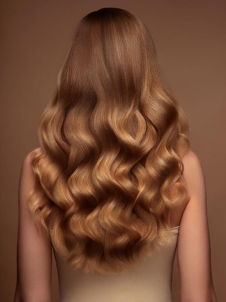 Si quieres saber qué es el hair plopping, continúa leyendo y descubre su magia para definir el cabello rizado e incluso, enchinar el lacio. ¡Adiós tenaza! Mane Event, Hair Trends, Hair Beauty, Glamour, Long Hair Styles, Collection, Hairstyles, Women, Fashion
