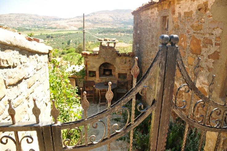 Gökçeada 'da Terk Edilmiş Bir Rum Köyü, An Abandoned Greek Village, El Griego Pueblo Abandonado, Turkey