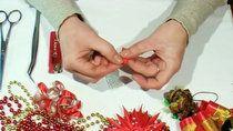 Петух канзаши из лент.  Подготовка лепестков.  1 часть/ DIY Kanzashi — Яндекс.Видео
