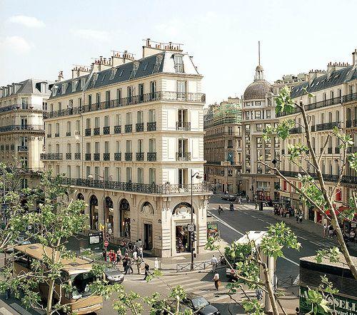 Paris, jardin des tuileries (by lovewilltearusapart88)