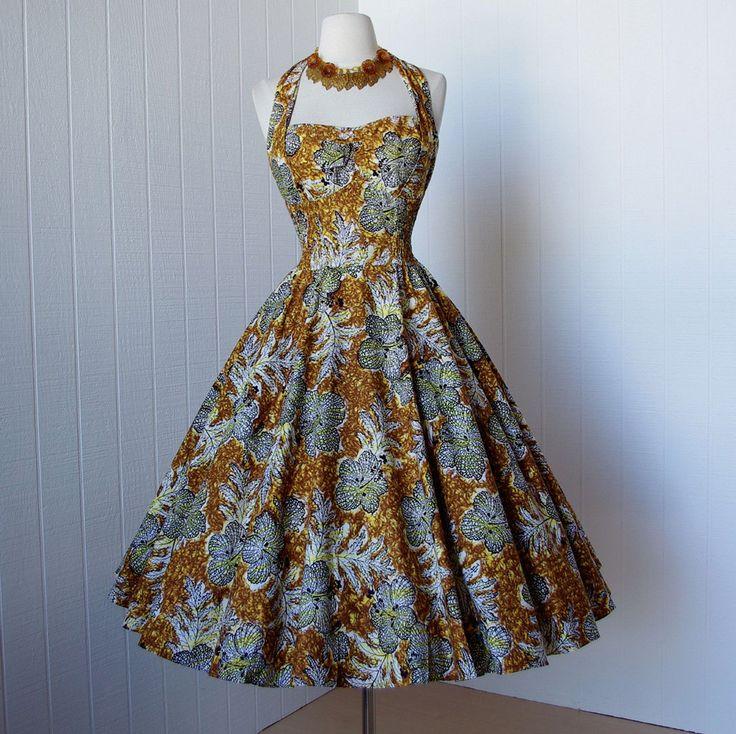 vintage 1950's dress ...fabulous KAMEHAMEHA hawaiian