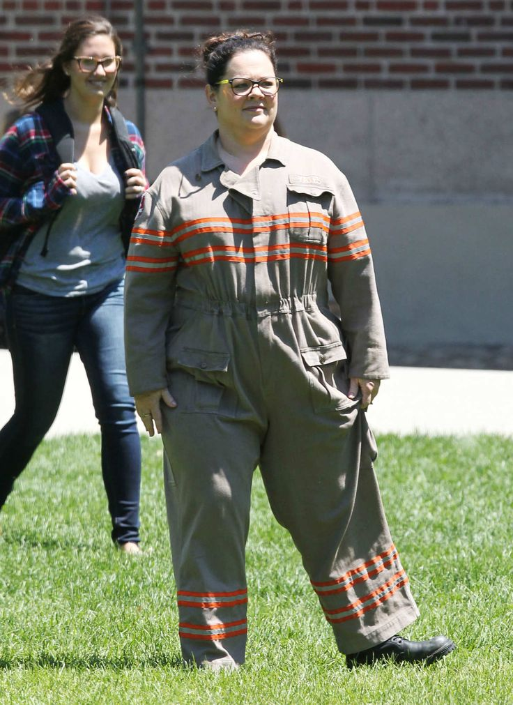 Exclusive... 51786508 Actress Melissa McCarthy is seen for the first time in her Ghostbusters outfit on June 30, 2015 in Boston, Massachusetts. Kristen Wiig was also spotted on set with a Ghostbusters backpack on! **NO INTERNET USE WITHOUT PRIOR AGREEMENT** FameFlynet, Inc - Beverly Hills, CA, USA - +1 (818) 307-4813