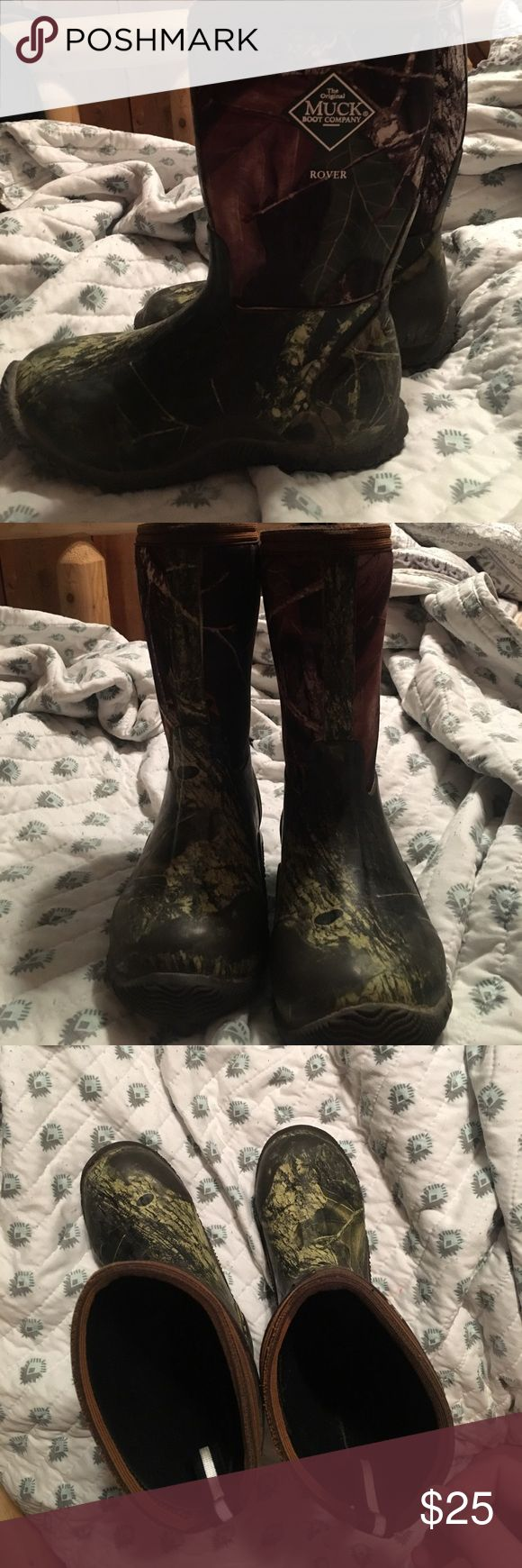 Boys muck boots Boys Muck boots camo size 1. Good condition muck Shoes Boots