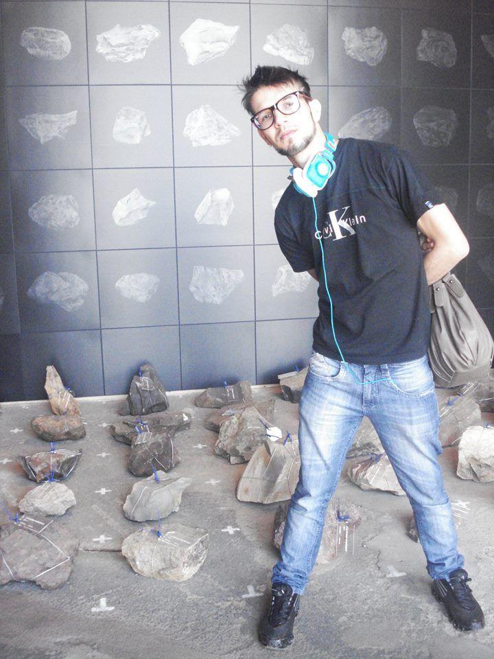 Deslocando Territórios: Projeto URUGUAY, do artista Marcelo Moscheta/8º Bienal do Mercosul/Porto Alegre/RS - 2011.