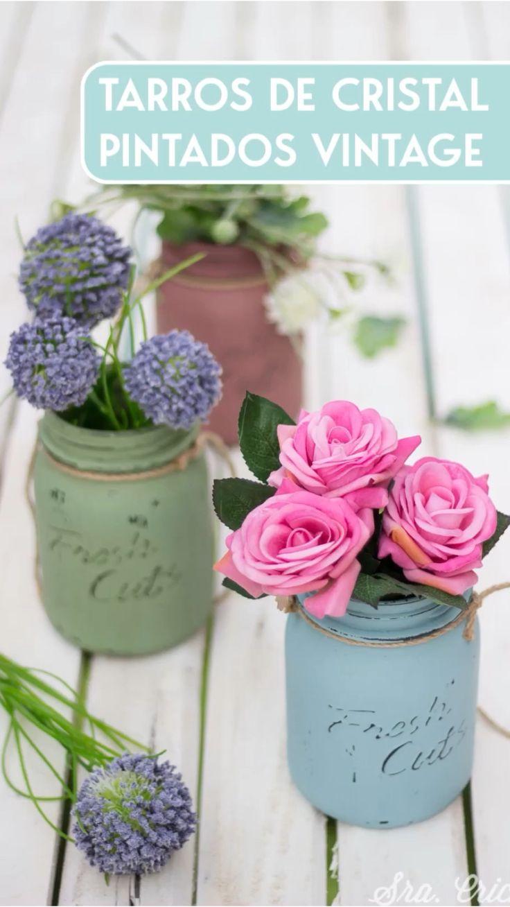 Easy Crafts, Diy And Crafts, Crafts For Kids, Diy Painted Vases, Bathroom Jars, Diy Y Manualidades, Diy Scarf, Mason Jar Centerpieces, Diy Gift Box