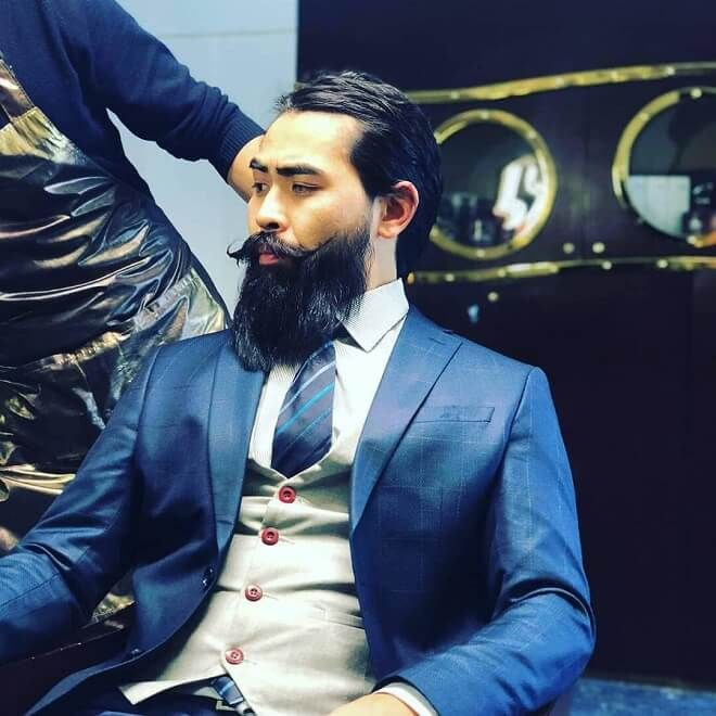 Beard with Full Mustache - 25 coolest Asian Beard For Men | Stylish Asian Beard 2019 | Clean Cut Beards for Asian Men | Men's Hairstyles