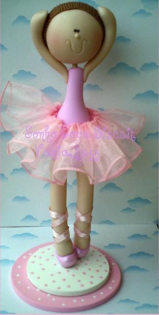 Ballerina, so cute - Bailarina by Sonho Doce Biscuit *Vania.Luzz*, via Flickr