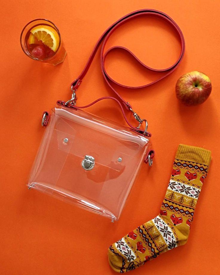 "Polubienia: 17, komentarze: 1 – YPSILON - unique bags and more (@ypsilonbags) na Instagramie: ""#mood #orange #positivevibes #goodvibes #friday #polscyprojektanci #polskiejablka #manymornings…"""