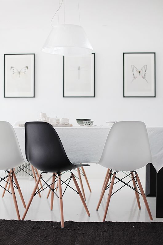White with Black accent & natural neutral. Nice balance of blocks & lines- from foreverlovecom.blogspot.se
